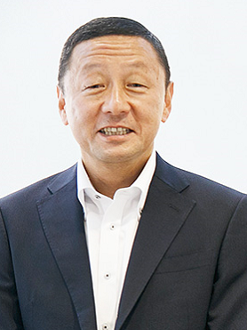 山内 英貴 氏