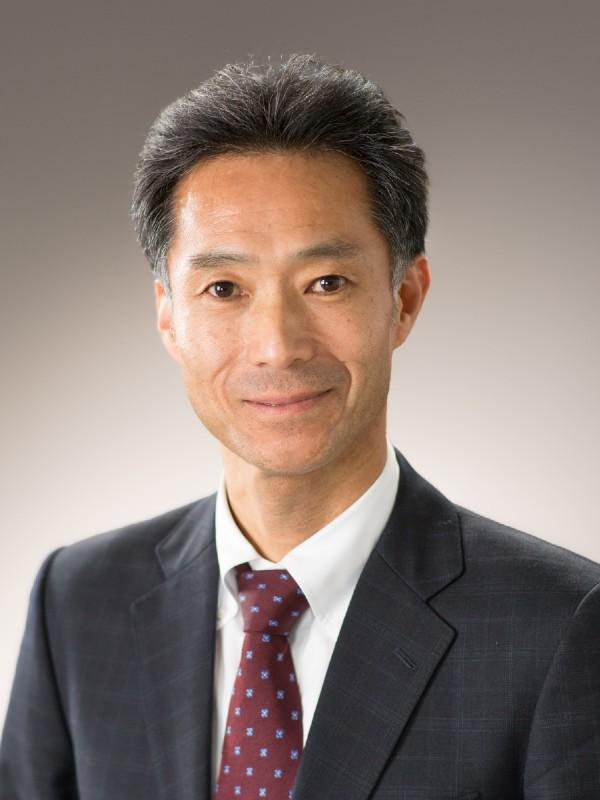 石脇 俊司 氏