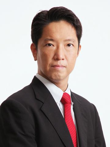 岸田 康雄 氏