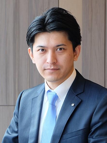 飯田 貴昭 氏