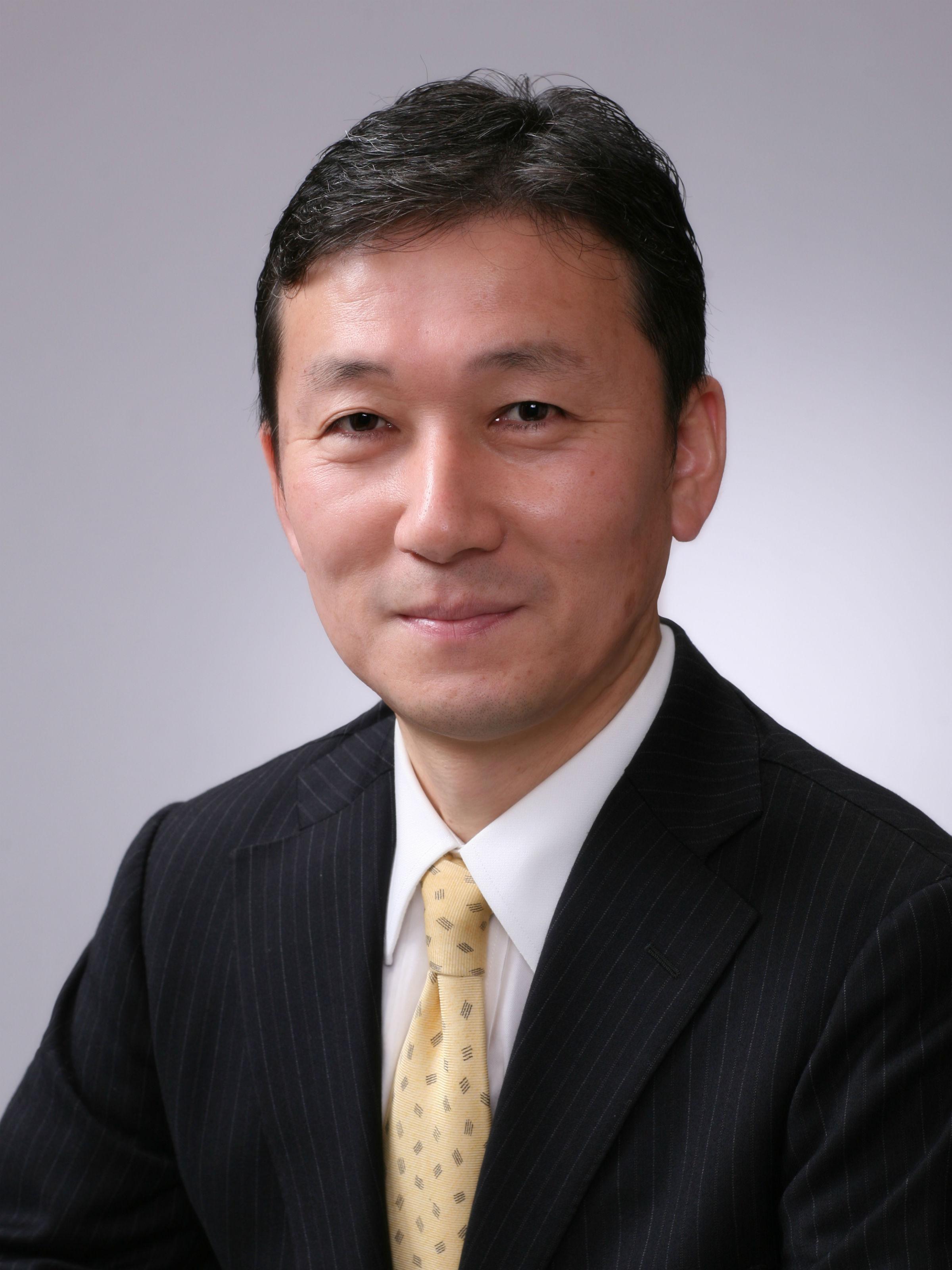 伊井 哲朗 氏